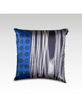 BANDEAU IKAT CUSHION COVER